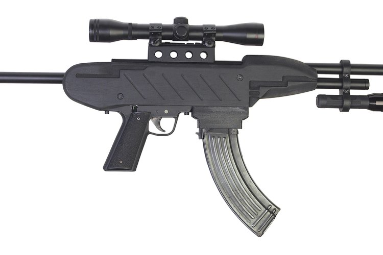 Una similitud entre las pandillas callejeras y las organizaciones criminales es que ambas utilizan armas de fuego.