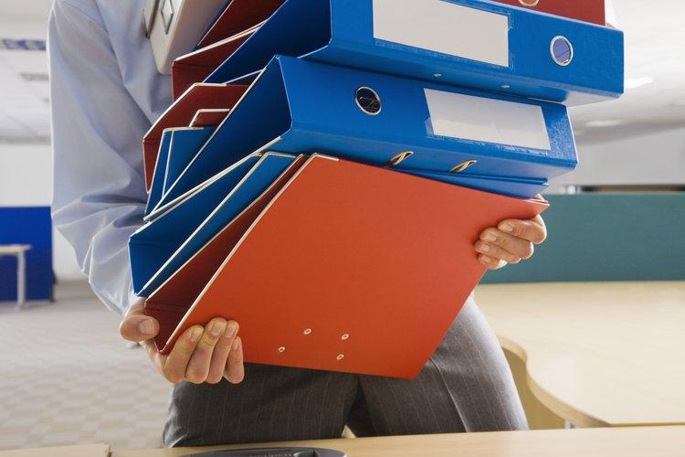 Las carpetas archivadoras están disponibles con diferentes tamaños de lomos dependiendo de la cantidad de documentos que quieras guardar.