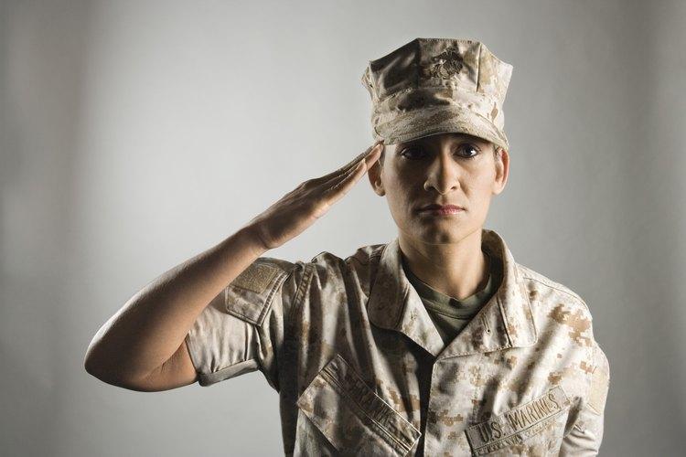Aprende más sobre los rangos militares.