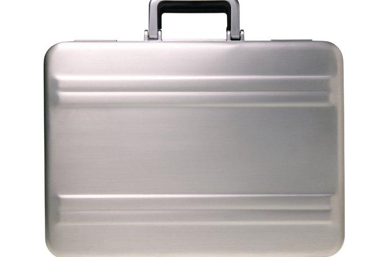 Cómo abrir un maletín Zero Halliburton.