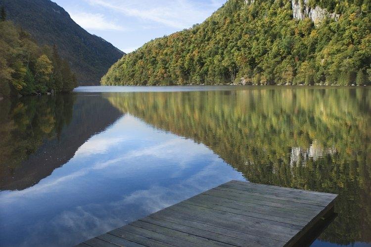 Algunas partes de los Adirondacks se han designado áreas silvestres.