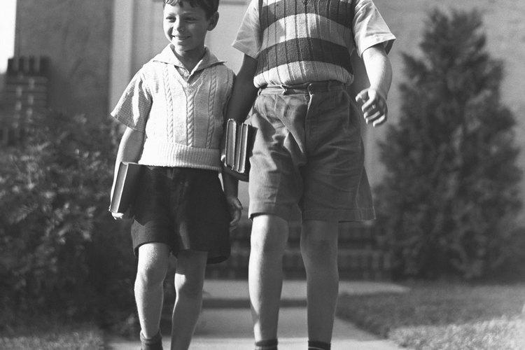 Los chalecos de sweater eran populares entre los niños.