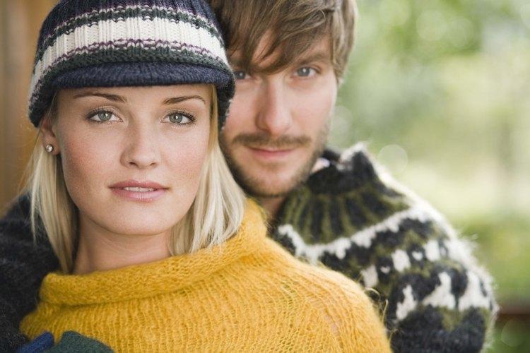Algunos tipos de tejido brindan calidez y aislamiento durante los meses de invierno.