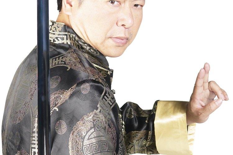 Samurais y ninjas se originaron en el antiguo Japón.