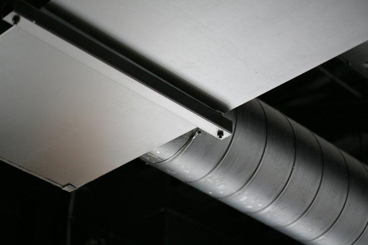El aire se mueve más fácilmente a través de conductos circulares que en conductos rectangulares, por lo cual éstos necesitan  ser más grandes.