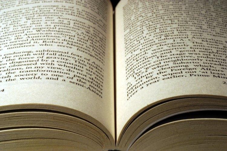 Muestra ejemplos de artículos e historias recortadas de revistas o periódicos con títulos que expresen sus ideas principales.