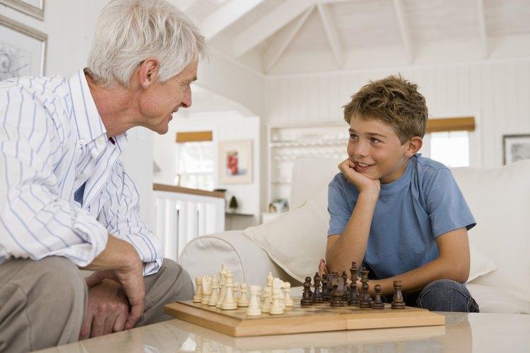 La pérdida de un abuelo es, con frecuencia, una de las primeras experiencias que los niños tienen con respecto a la muerte de un miembro de la familia.