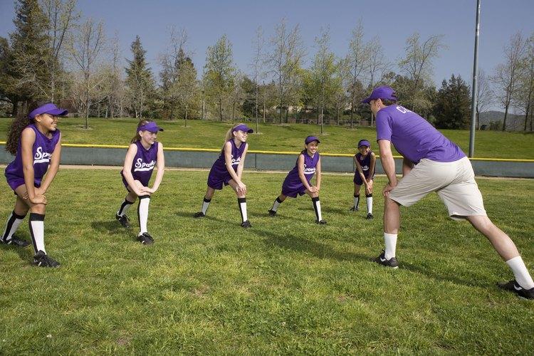 Los deportes en equipo fomentan el sentido de camaradería.