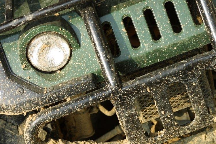 Los sistemas de suspensión de ballesta son más comunes en vehículos todo terreno, camionetas y vehículos comerciales.