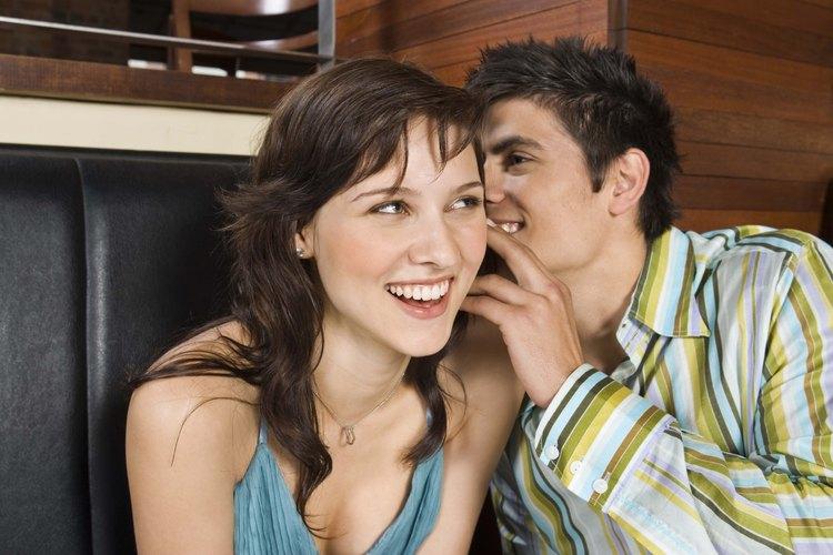 Una cita en casa puede ser una forma única, divertida o sensual de intimar con tu pareja.
