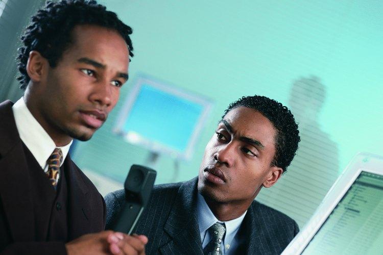 La comunicación con el personal debe ser en un plano abierto para detectar cualquier mal entendido que pueda reflejarse en un mal servicio al cliente.