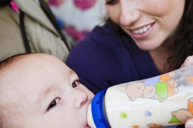 El sistema de viaje EvenFlo Aura es conveniente para viajar con un bebé.