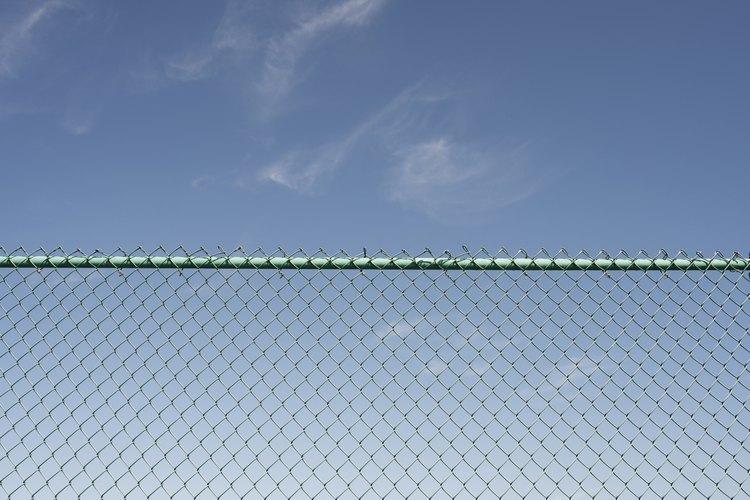Existen alternativas económicas para las cercas de malla ciclónica.