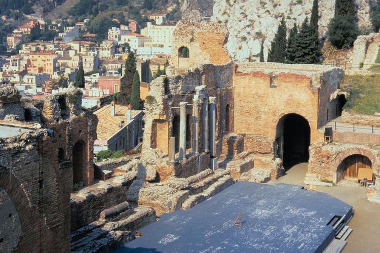 El Anfiteatro griego de Taormina se puede ver si haces una caminata tú mismo.