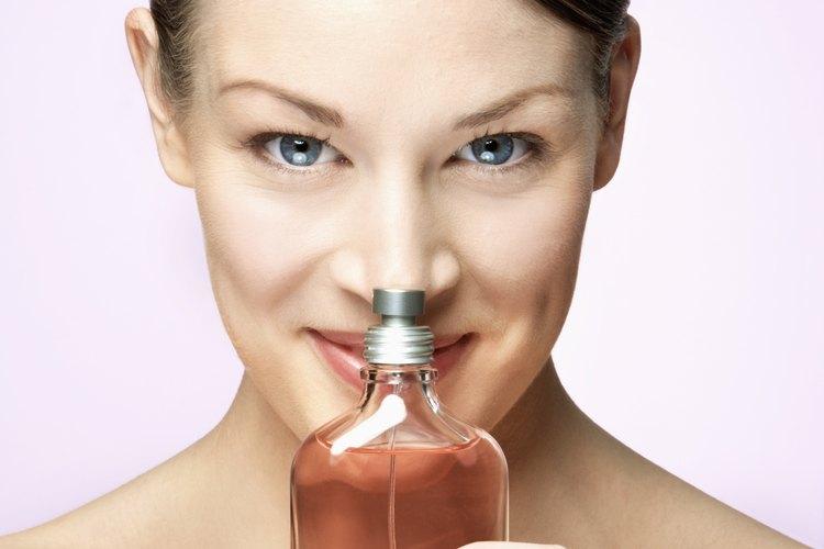 Crea tu propio y único aroma del perfume a tu elección.