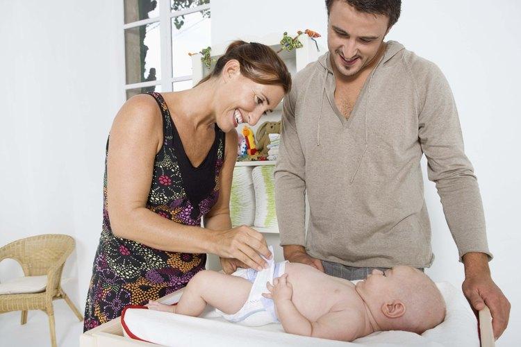 Selecciona un pañal que corresponda al tamaño y nivel de actividad de tu bebé.