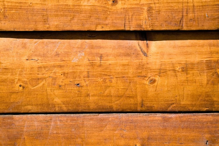 La madera a menudo se utiliza como un material de construcción.