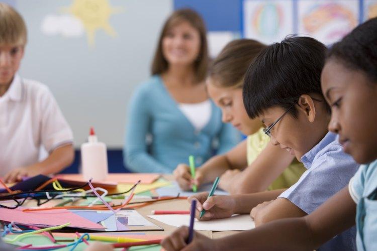 Los padres pueden visitar a sus hijos en la clase para aumentar su participación.
