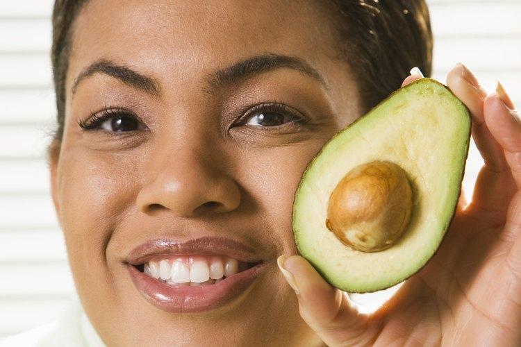 El aguacate es nutricionalmente rico en vitamina E.