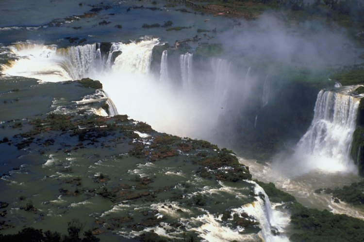 La Guarania es un ritmo autóctono de Paraguay.
