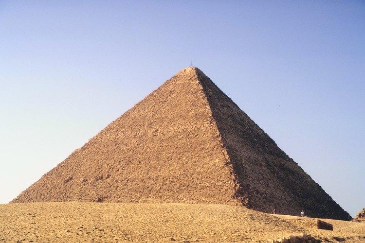 La ropa de los antiguos egipcios a menudo indicaba el estatus de una persona o el lugar que ocupaba en la sociedad.