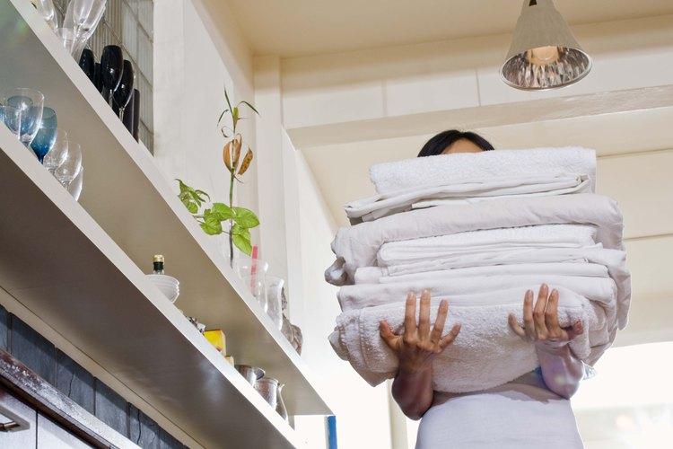 El detergente para ropa casero es fácil de hacer y de usar.