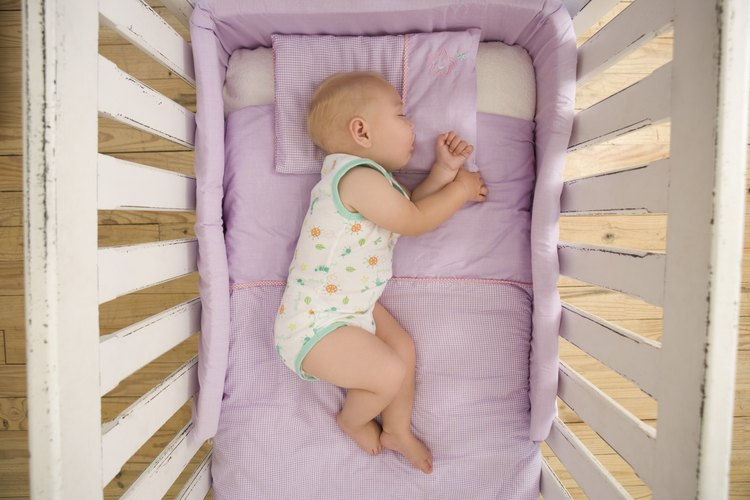El uso de protectores de cuna no es recomendado por la American Academy of Pediatrics.
