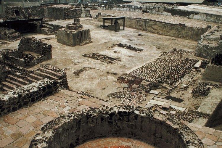 Las ruinas del Templo Mayor fueron sepultadas debajo de la actual ciudad de México.