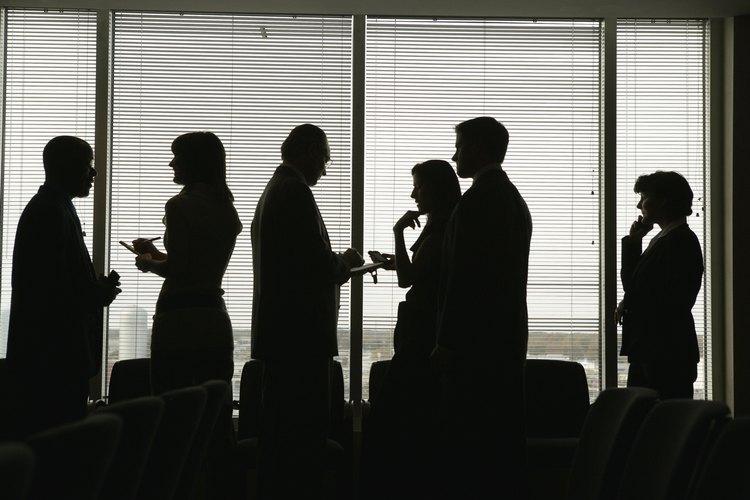 Las agencias de colocación de empleo suelen llevar a cabo una entrevista de trabajo básico con los demandantes de trabajo para aprender más acerca de ellos.
