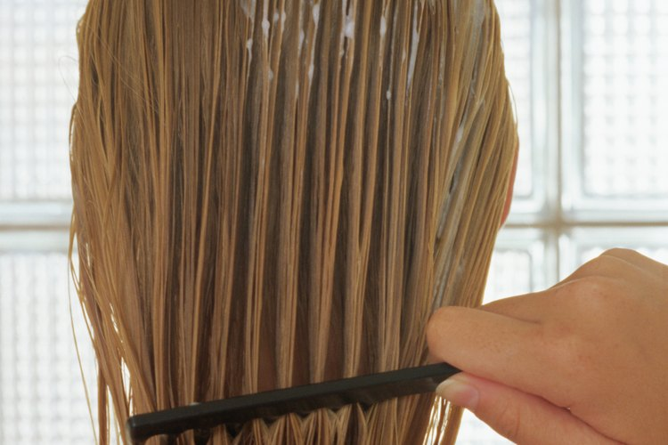 El peinado te ayuda a deshacerte de los nudos.