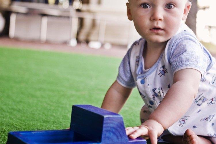 Muchos bebés son más felices cuando pueden llegar a sentarse por sí mismos.