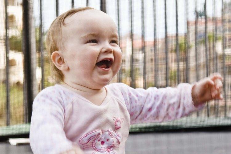 Una valla de seguridad para bebé puede ser utilizada para mantener a salvo a un niño durante un corto período de tiempo.