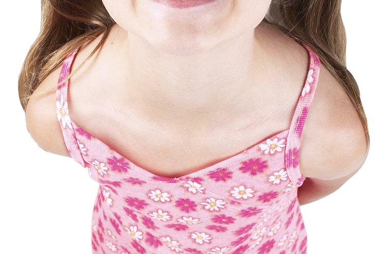 Normalmente las niñas obtienen sus dientes permanentes antes que los varones.