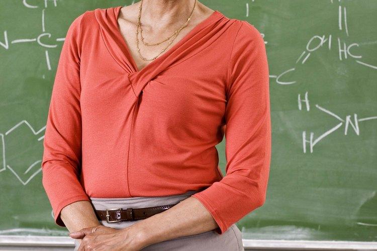 Para enseñar matemáticas, es necesario tener un título de licenciatura en matemáticas.