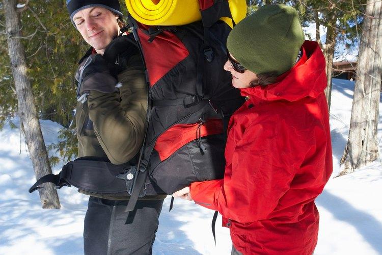 El excursionismo en invierno requiere de más preparación que las salidas en verano.