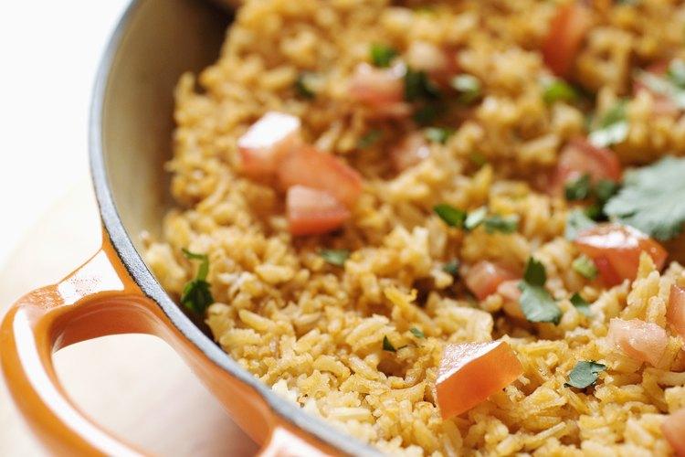 Tu plato con arroz se puede salvar luego de haberse quemado.