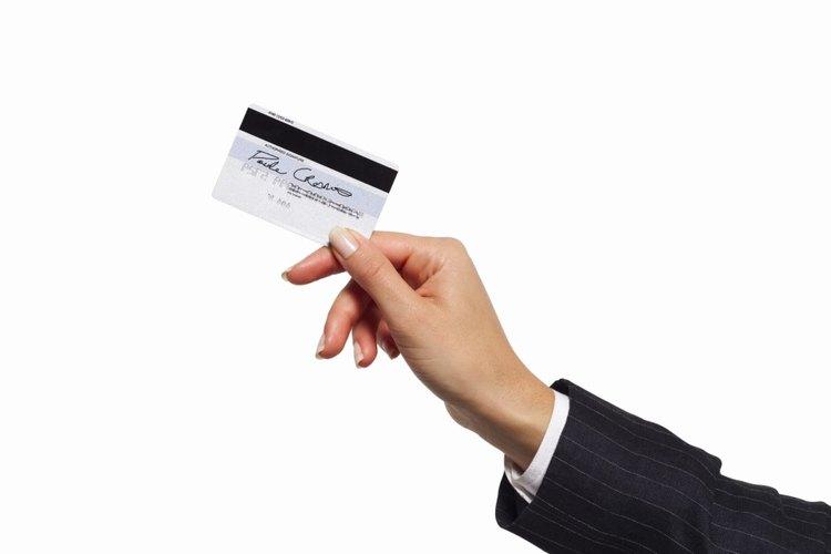Utilizar tu tarjeta de regalo Visa es tan fácil como utilizar cualquier tarjeta de crédito en tu billetera.