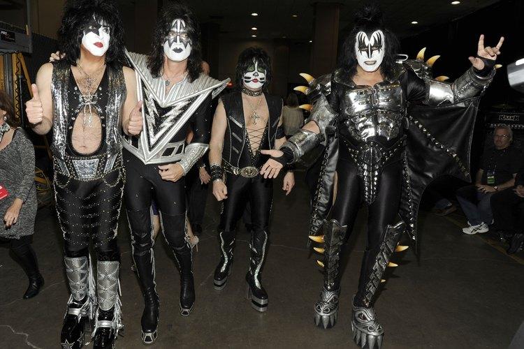 Cómo vestirse como Kiss.