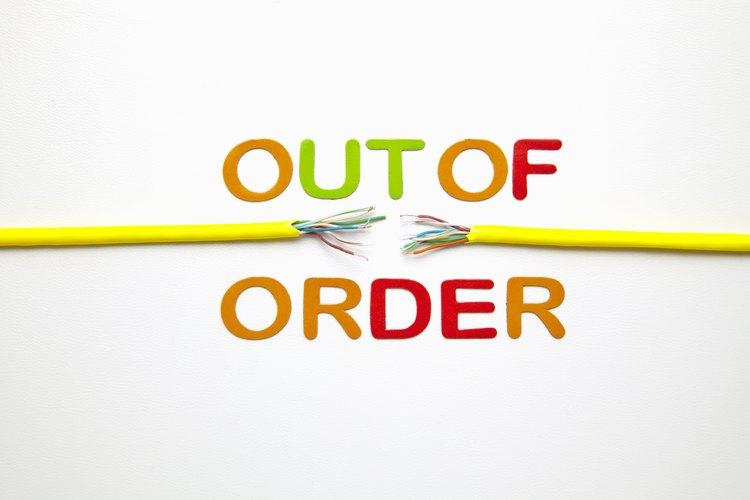 Pelar cables de forma inapropiada puede interferir con la conductividad.