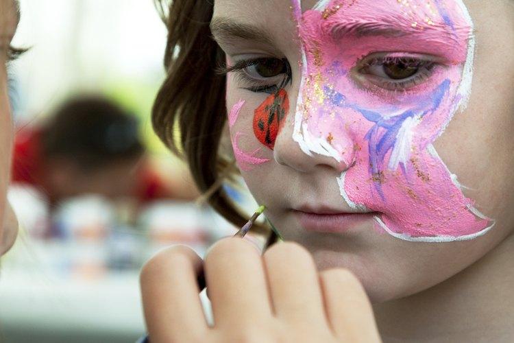 La pintura facial siempre es popular.