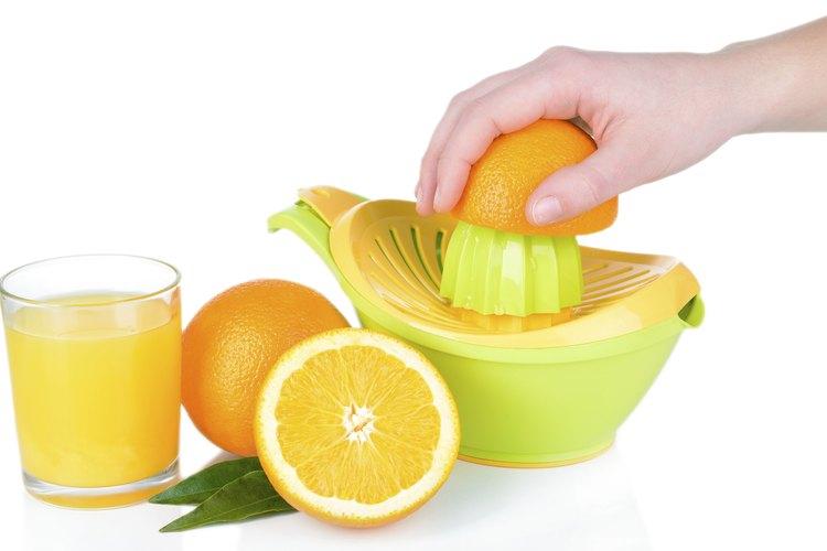 Limones y un exprimidor.