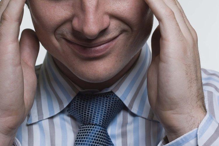 Una novia fastidiosa puede causar grandes problemas a tu relación.