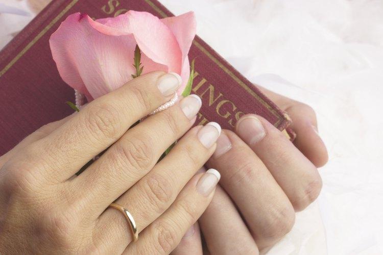 Una oración o bendición de matrimonio se dice tradicionalmente durante la ceremonia.