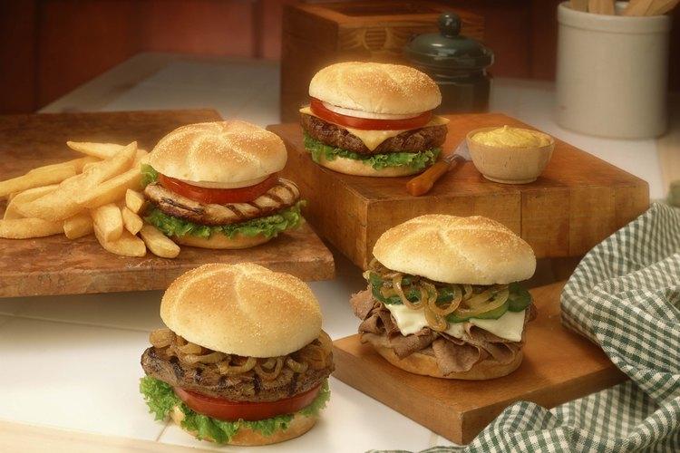 Controla la cocción de las hamburguesas para evitar enfermedades.