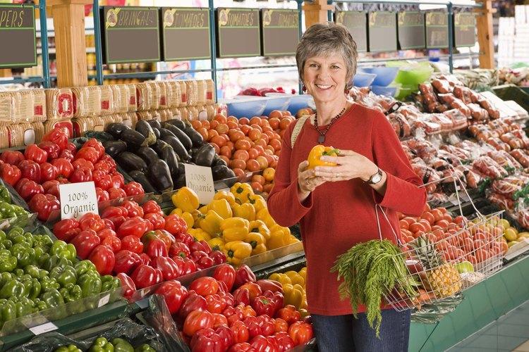 Elige frutas y verduras frescas para hacer jugo.