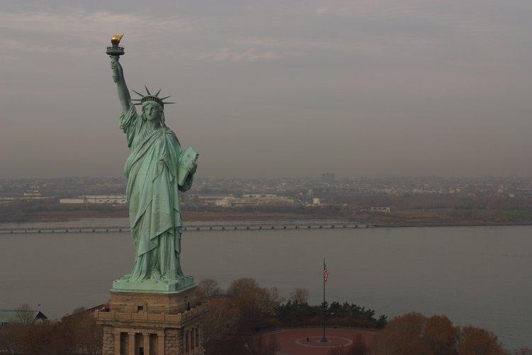 La Estatua de la Libertad ha dado la bienvenida a muchos de los nuevos inmigrantes a New York.
