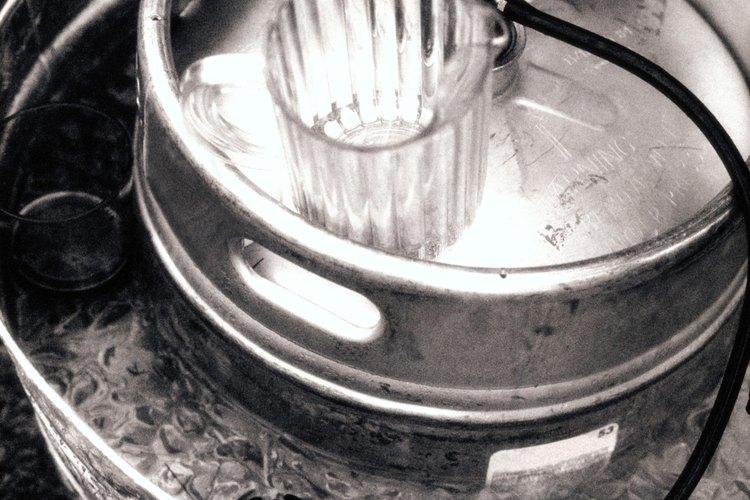 Los barriles tiene un componente especial, llamado acoplador, que se usa para servir la cerveza.