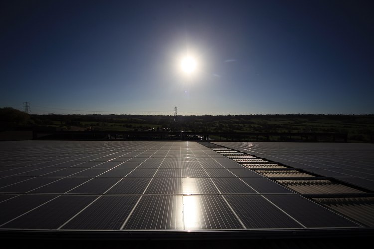 Las celdas solares cuentan con fotoceldas para que funcionen.