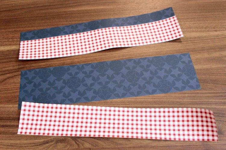 Forma capas de papel para lograr una mayor variedad.