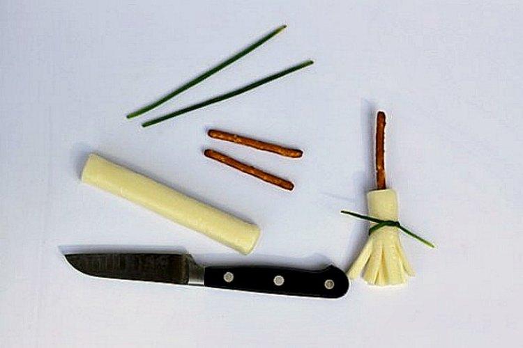 Un cuchillo de mondar afilado es la única herramienta que necesitarás.